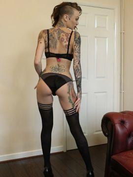 Becky Holt - Pic 2
