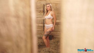 louise-stripping-stable-girl-117