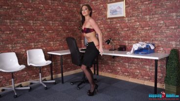 natalia-forrest-cum-in-my-office-112