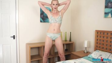 ariel-anderssen-the-hot-sister-114